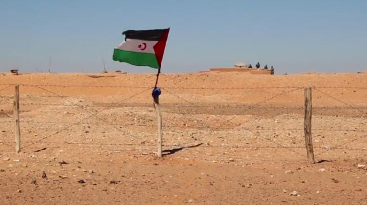 gritos contra el muro marroquí